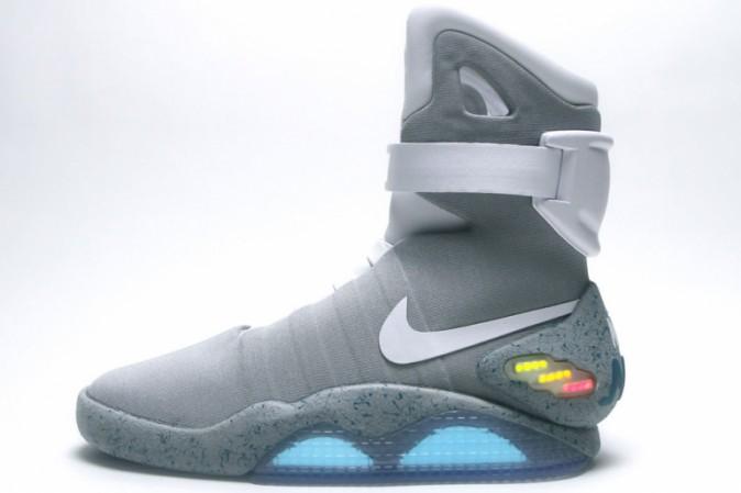 La Nike ha realizzato le scarpe di Ritorno al futuro  9b3e9753ac9