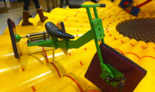 Bicicletta ruote quadrate