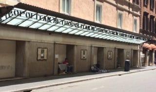 ex cinema metropolitan roma abbandonato