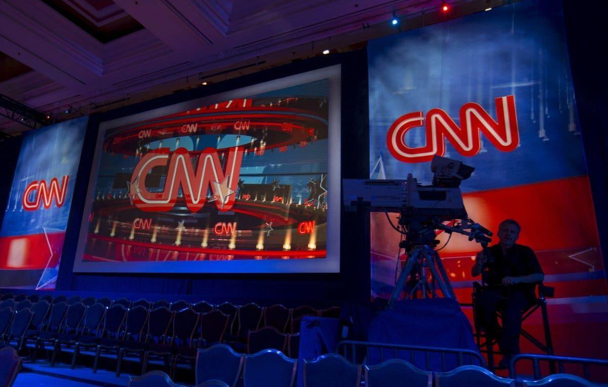 Cnn, via tre giornalisti che hanno sbagliato su Russiagate
