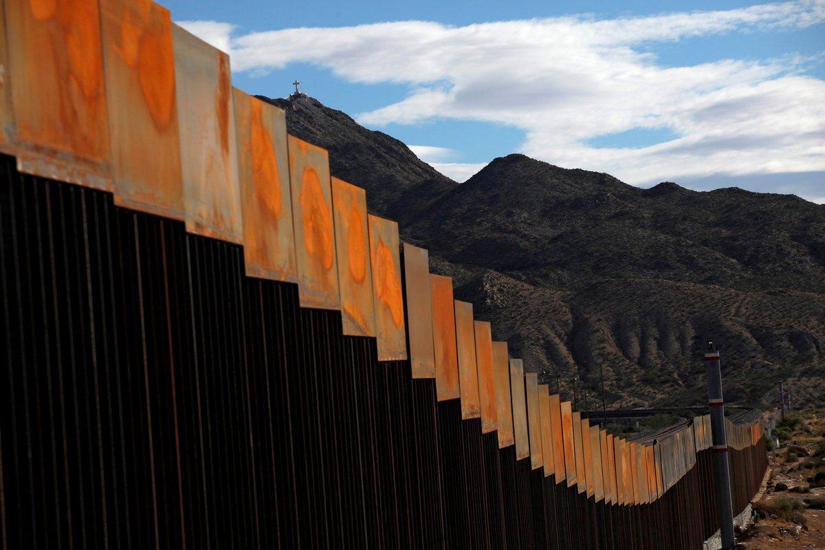 Usa: il muro anti-immigrazione di Trump sarà di pannelli solari
