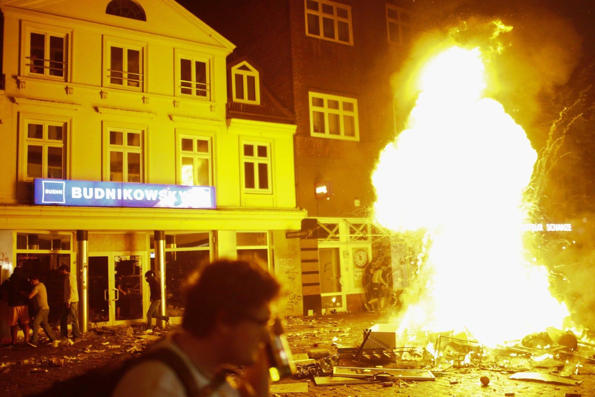 incendio amburgo G20