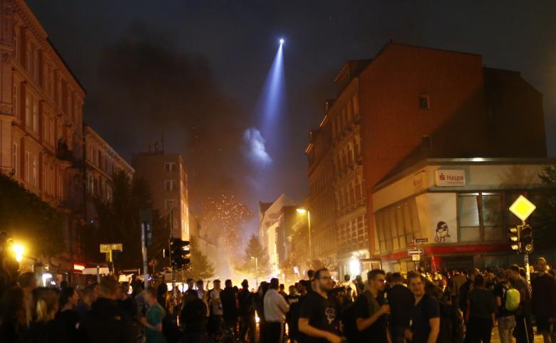 Elicottero polizia Amburgo G20