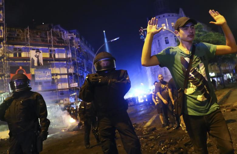 Arresti notte Amburgo G20