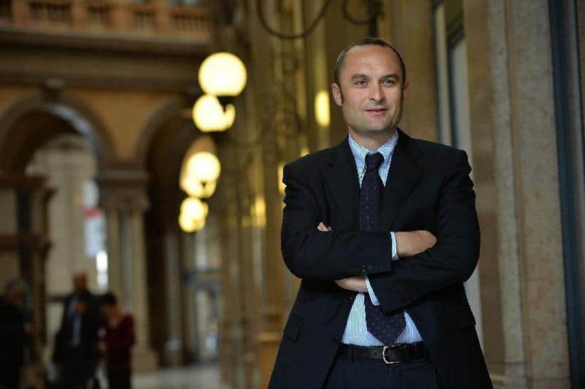 Cosa cambia nello scenario politico con le dimissioni del ministro Enrico Costa | TPI
