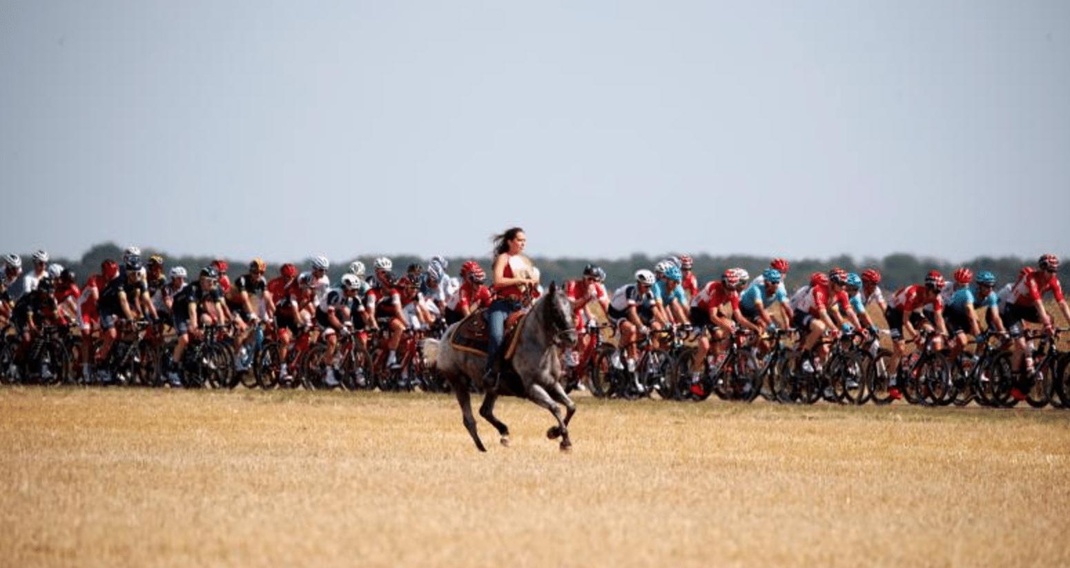 Donna a cavallo Tour de France