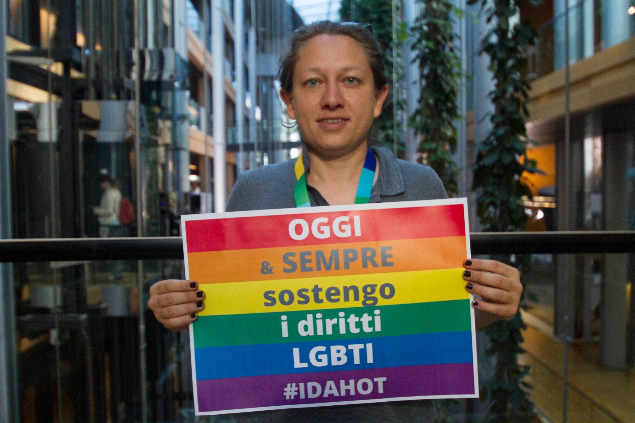 G20: europarlamentare italiana fermata