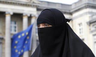 Velo islamico Belgio