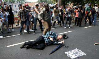 Charlottesville suprematisti antirazzisti