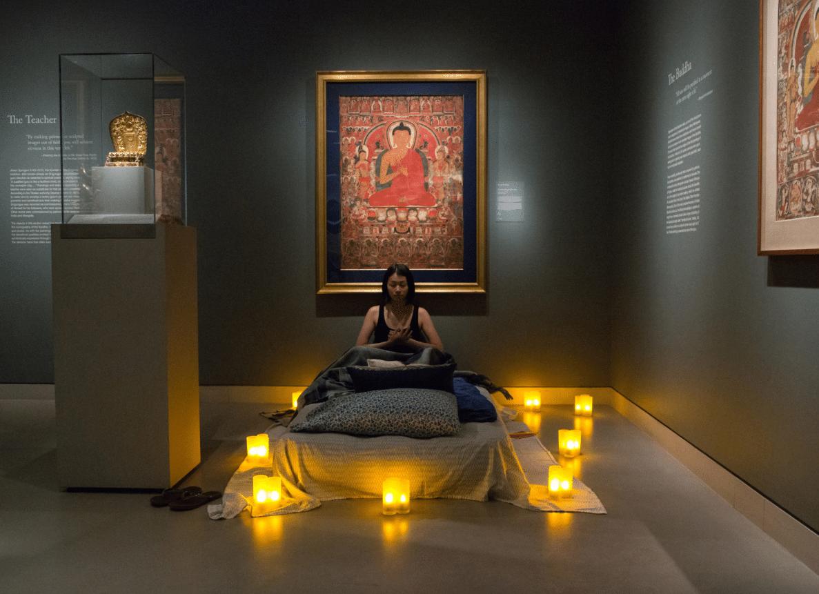 Il Rubin Museum of Art di New York permette ai propri visitatori di passare una notte di meditazione tra antiche opere d'arte buddista