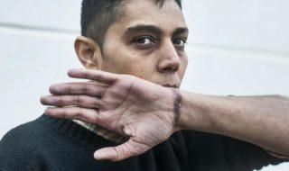 Mazen Hamadeh è un cittadino siriano di 40 anni, torturato nelle carceri di Damasco, in Siria