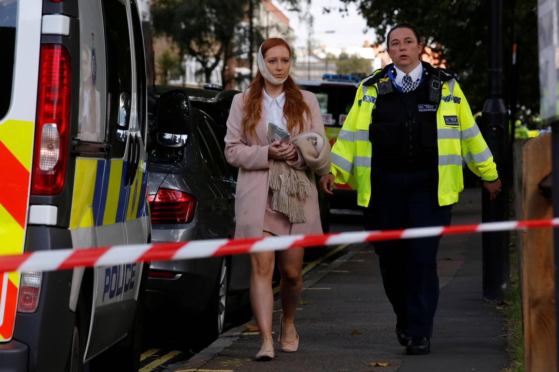 Una donna ferita nell'attentato di Parsons Green a Londra