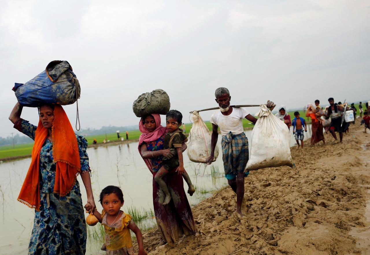 Myanmar, il grande esodo Rohingya: in Bangladesh in 87mila