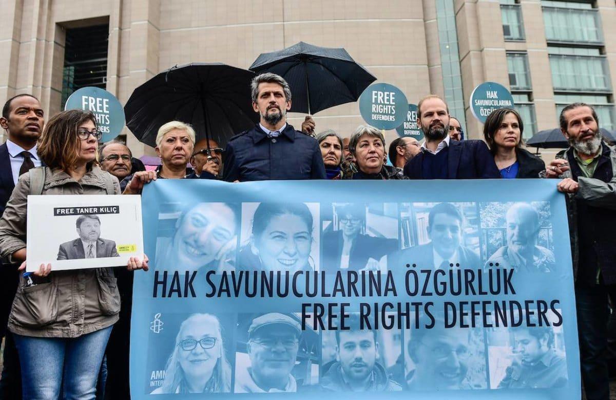 Turchia: negata scarcerazione presidente di Amnesty