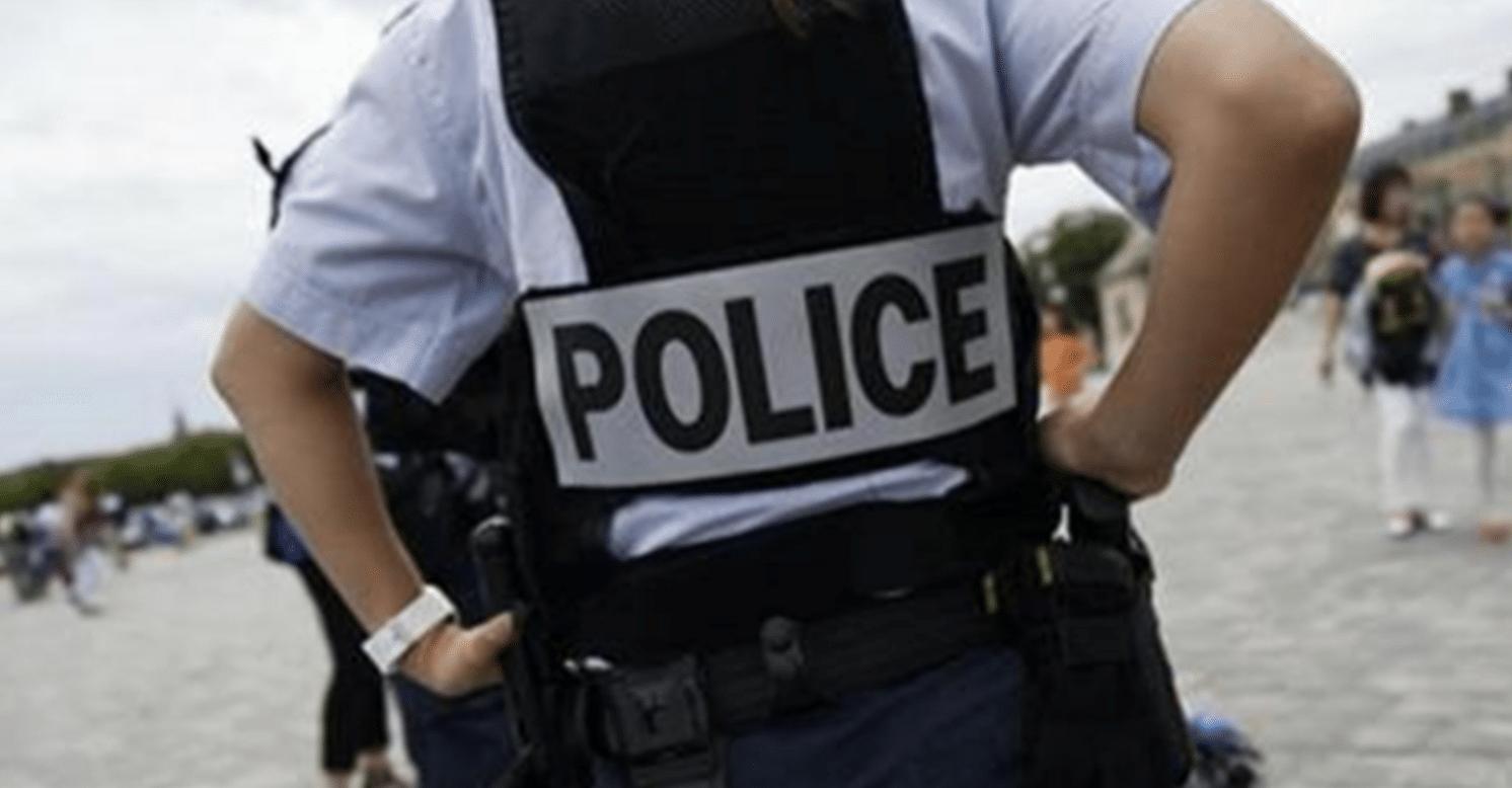Moto esplode davanti missione militare Giordania a Parigi