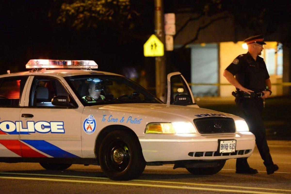 Camion sulla folla, 5 feriti in Canada: a bordo la bandiera dell'Isis