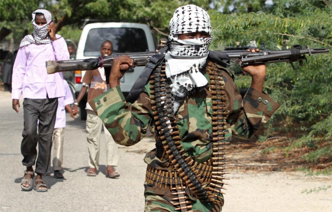 Mogadiscio: autobomba, 30 morti