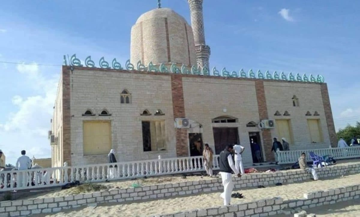 Egitto: attentato contro una moschea nel Sinai, centinaia di morti