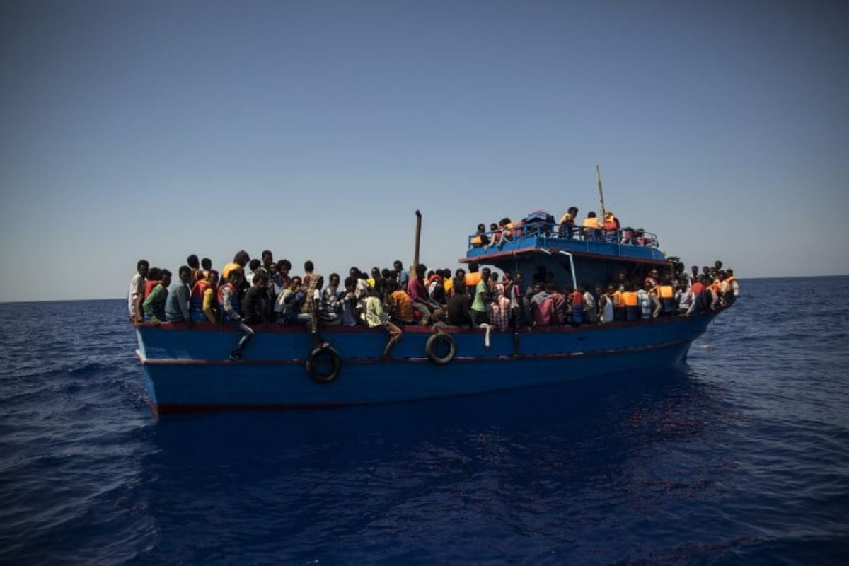 Migranti, Amnesty: Italia complice torture in Libia