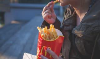 fast food-londra-khan-divieto