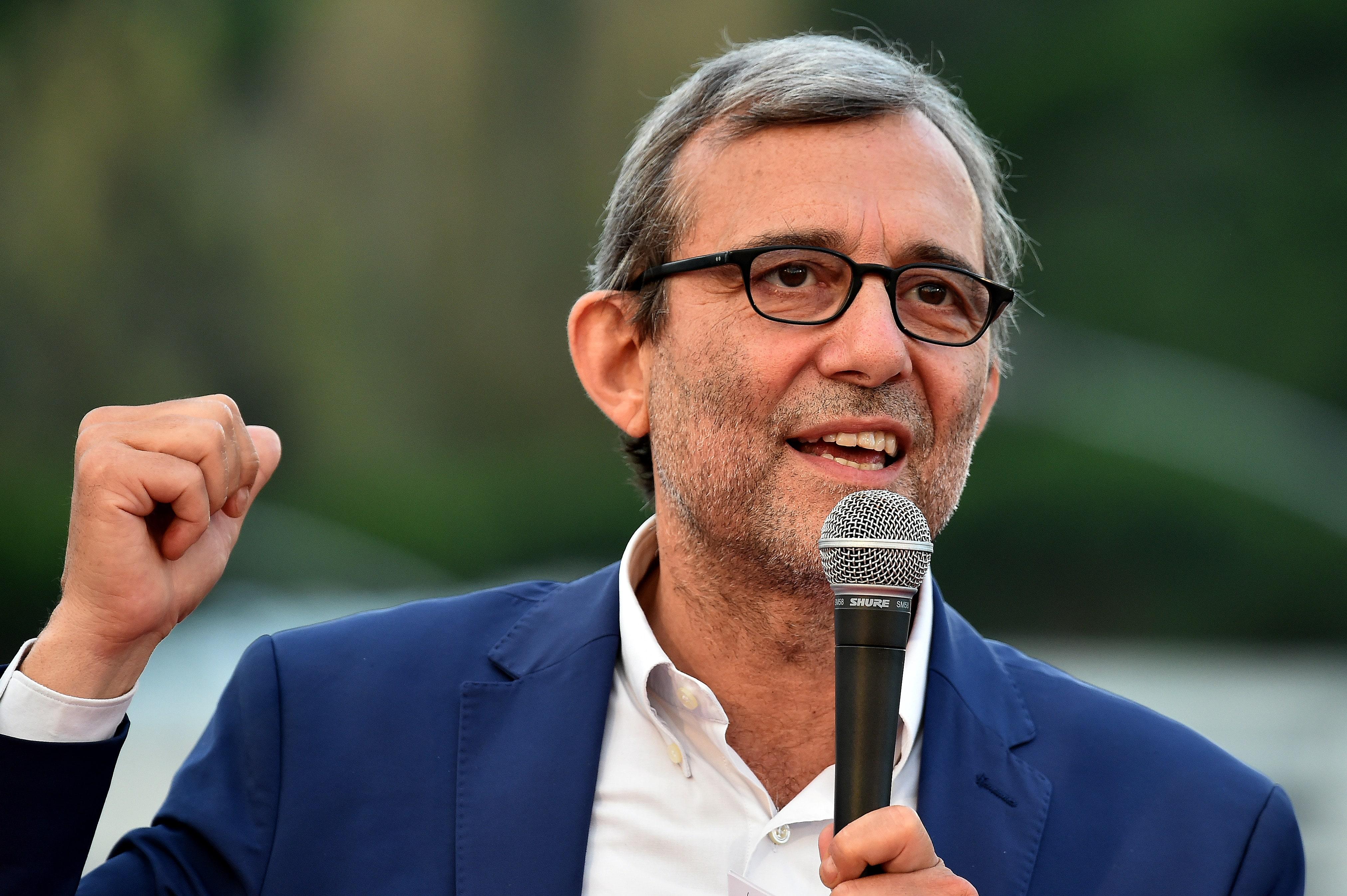 Giachetti contro Emiliano: «Ha lavorato per distruggere il Pd» BRAVO PANE AL PANE E VINO AL VINO.
