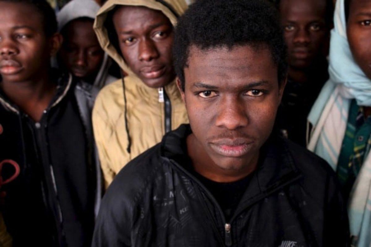 Se lo stato non basta: ecco chi si occupa davvero dell'accoglienza dei migranti in Italia