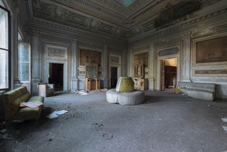 foto casa abbandonata