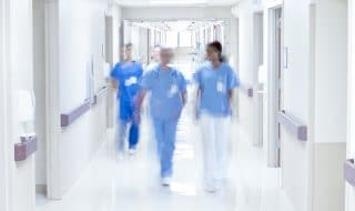 Canada medici aumenti stipendio
