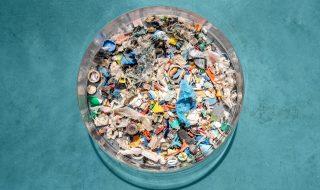 isola plastica pacifico