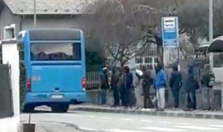 conducente autobus migranti