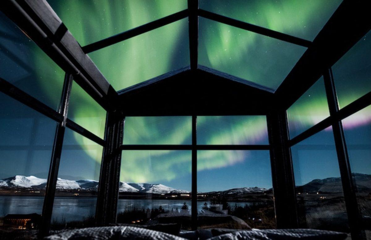 islanda stanza letto aurora boreale