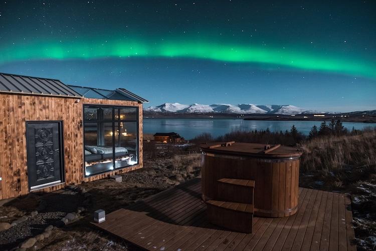 islanda stanza aurora boreale