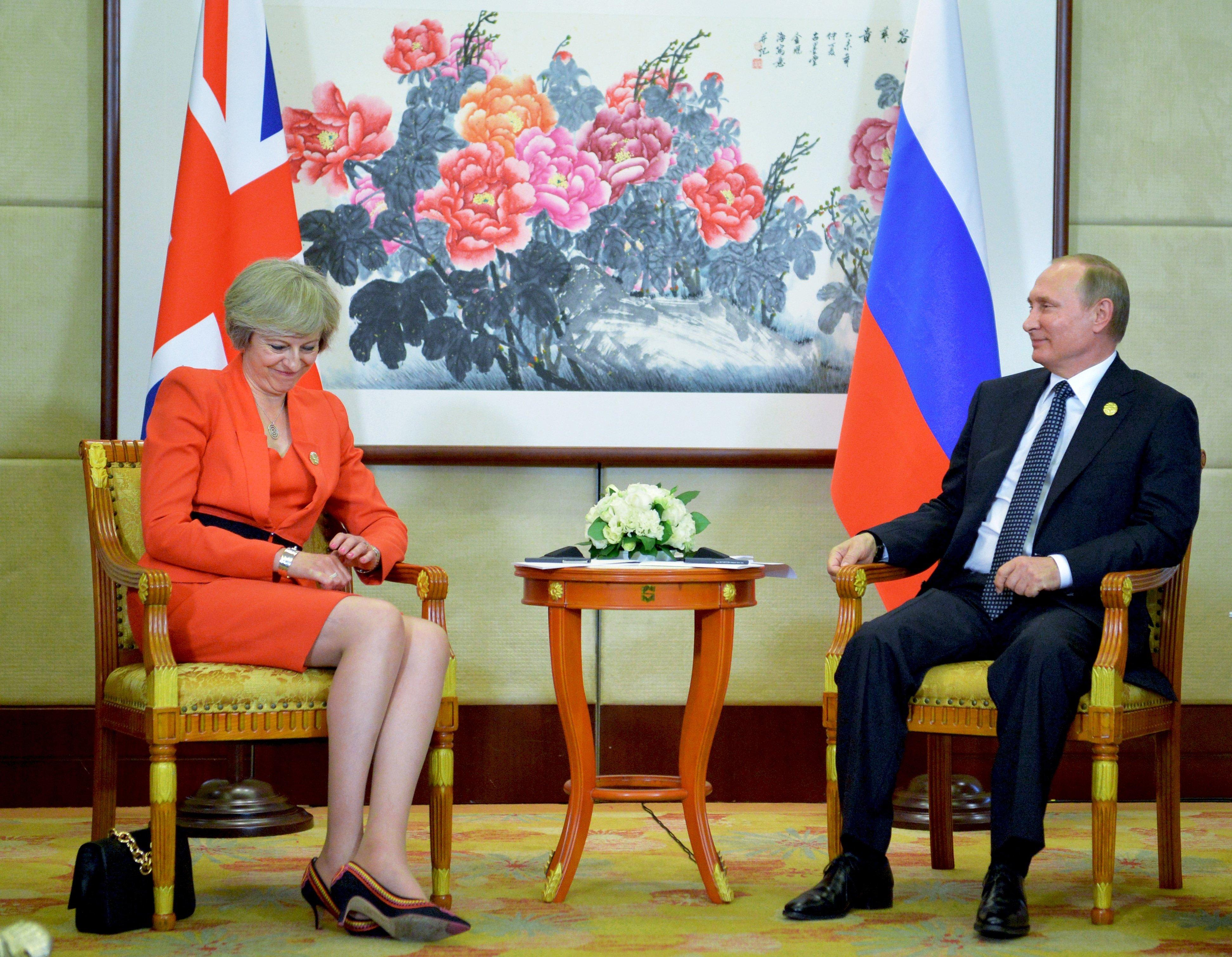 Regno Unito, espulsi 23 diplomatici russi per il caso dell'ex spia avvelenata