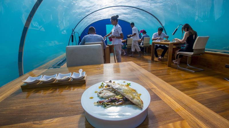 maldive ristorante mangia sottacqua