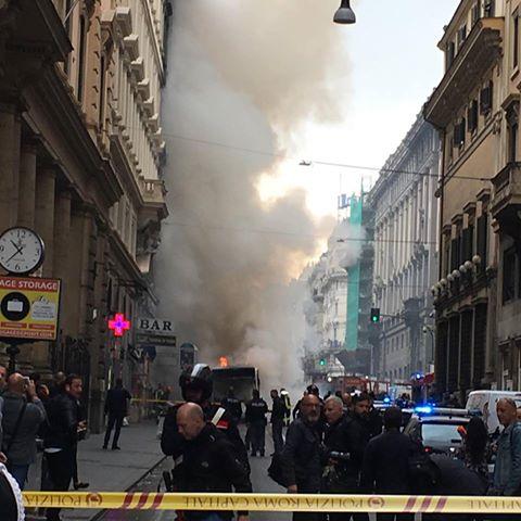 esplosione bus Roma
