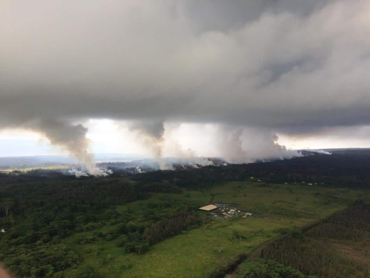 Hawaii vulcano Kilauea eruzione nube 4