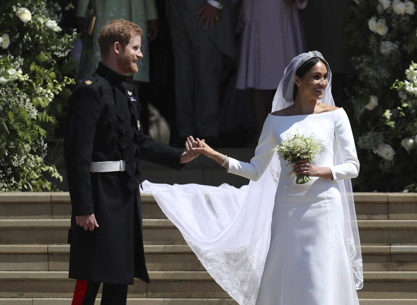 Dell'abito Da Harry Meghan E Matrimonio Sposa Le Foto xqYXHUnw