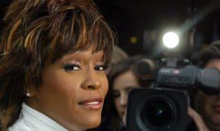 Whitney Houston abusi sessuali