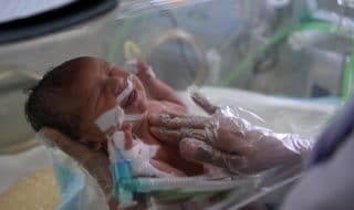 infermiera ucciso neonati
