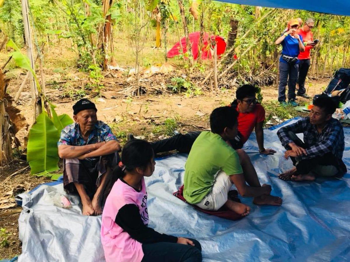 escursionisti bloccati monte indonesia