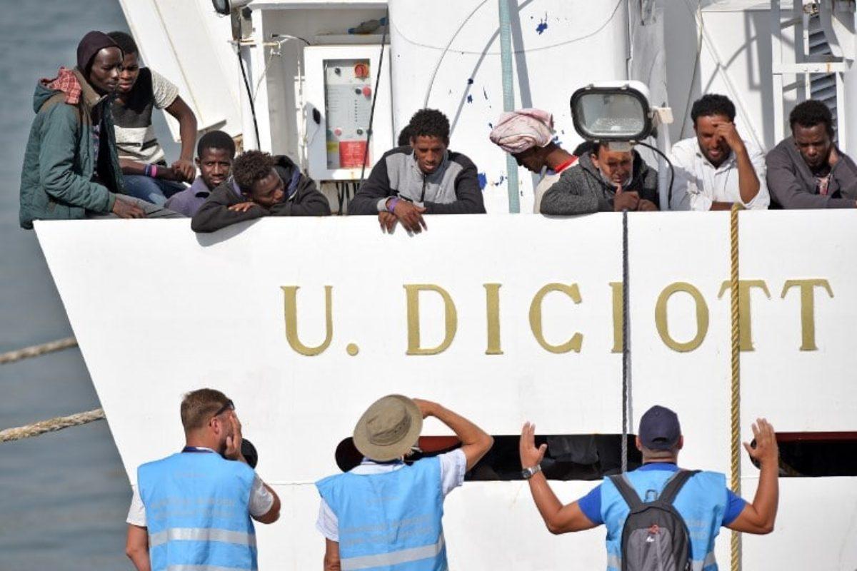 nave diciotti migranti sbarcati