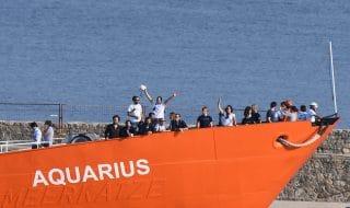 nave aquarius torna in mare