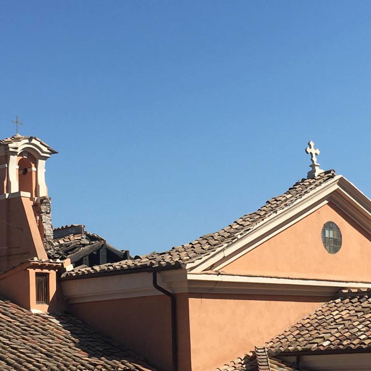 foto crollo chiesa san giuseppe falegnami