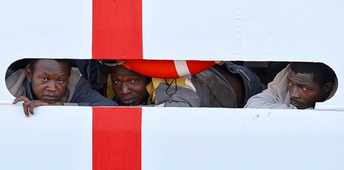 Nave Diciotti: sbarcati i minorenni, nuovo affondo di Salvini contro Fico
