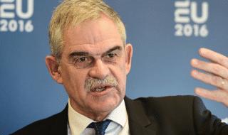 grecia dimissioni ministro interno