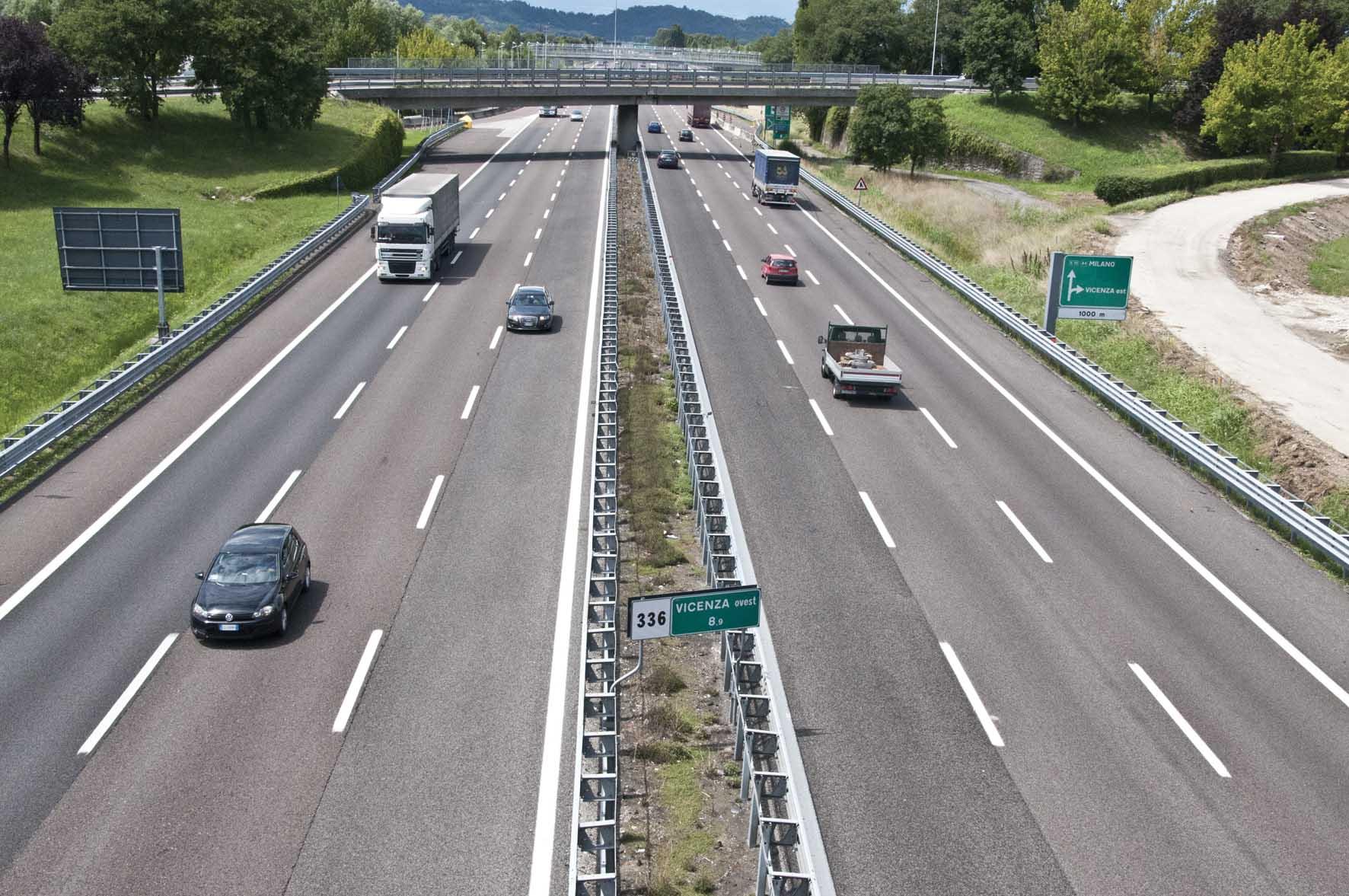 nazionalizzazione autostrade