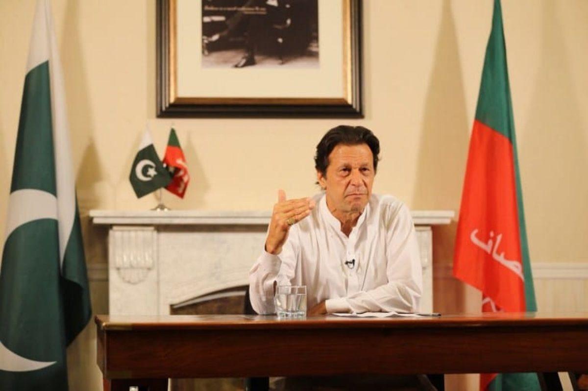 Pakistan parlamento elegge Imran Khan
