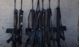 paraguay fucile giocattolo polizia