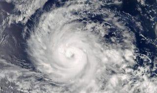 Giappone tifone jebi