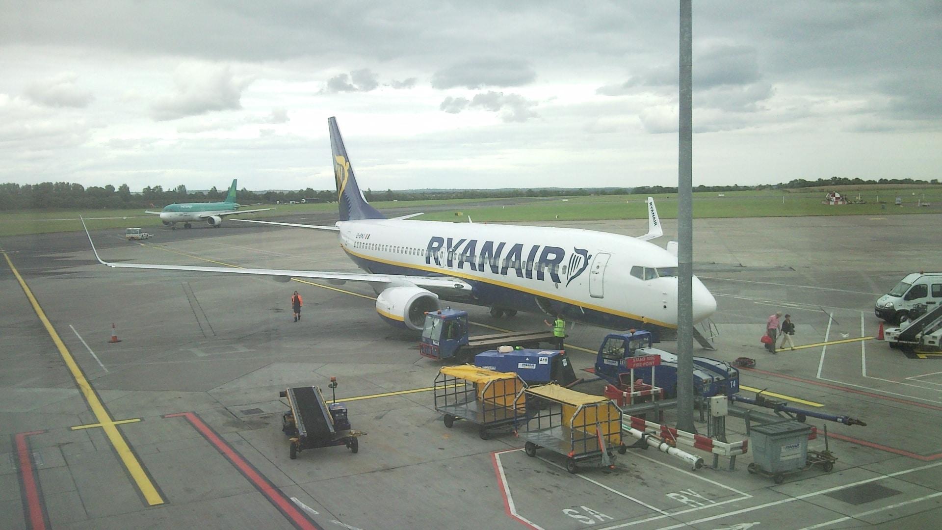 passeggero ritardo Ryanair